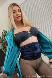 Only Silk And Satin Shoot Samples December 2020 137