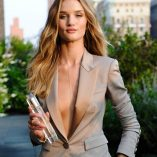 Rosie Huntington-Whiteley Burberry Perfume Launch 8