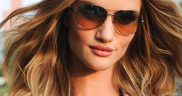 Rosie Huntington-Whiteley Burberry Perfume Launch