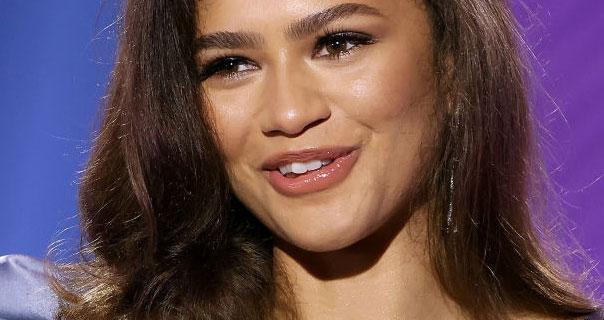 Zendaya 2021 ESSENCE Black Women In Hollywood Awards